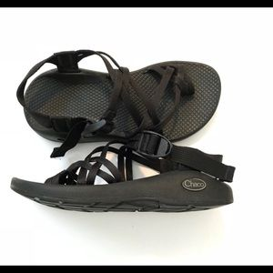 Chaco's Black